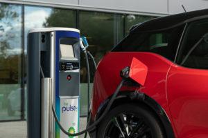 bp et Volkswagen s'associent pour développer la recharge ultra-rapide des véhicules électriques